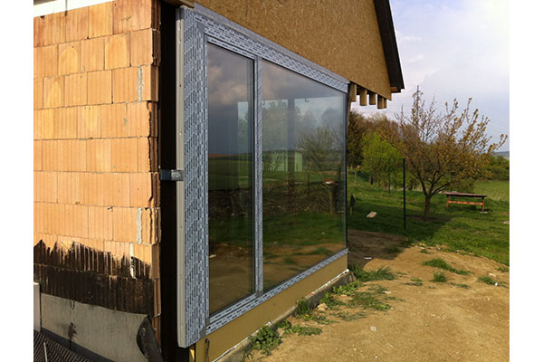 RD Lhotka - montáž oken