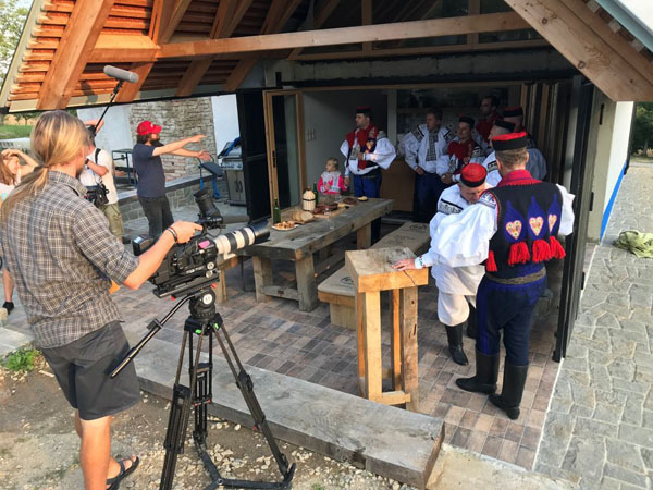 Vinohradnická búda zažila televizní natáčeni, Vlčnov