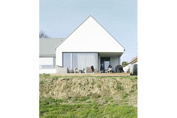Dům Lhotka pohled ze zahrady